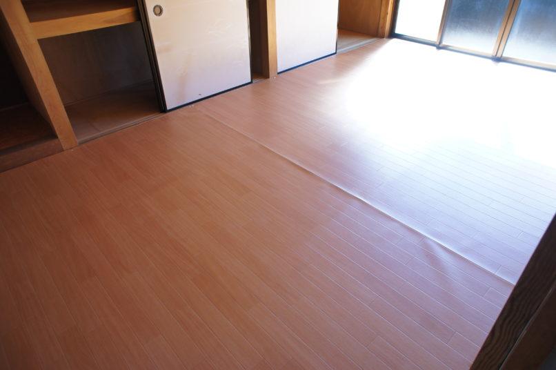 フロアの畳
